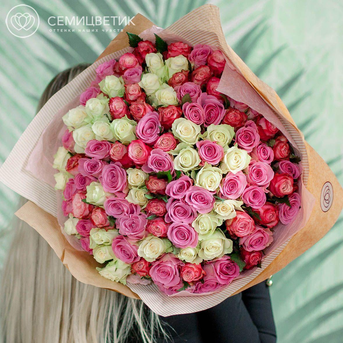 101 роза микс в нежных тонах Premium фото
