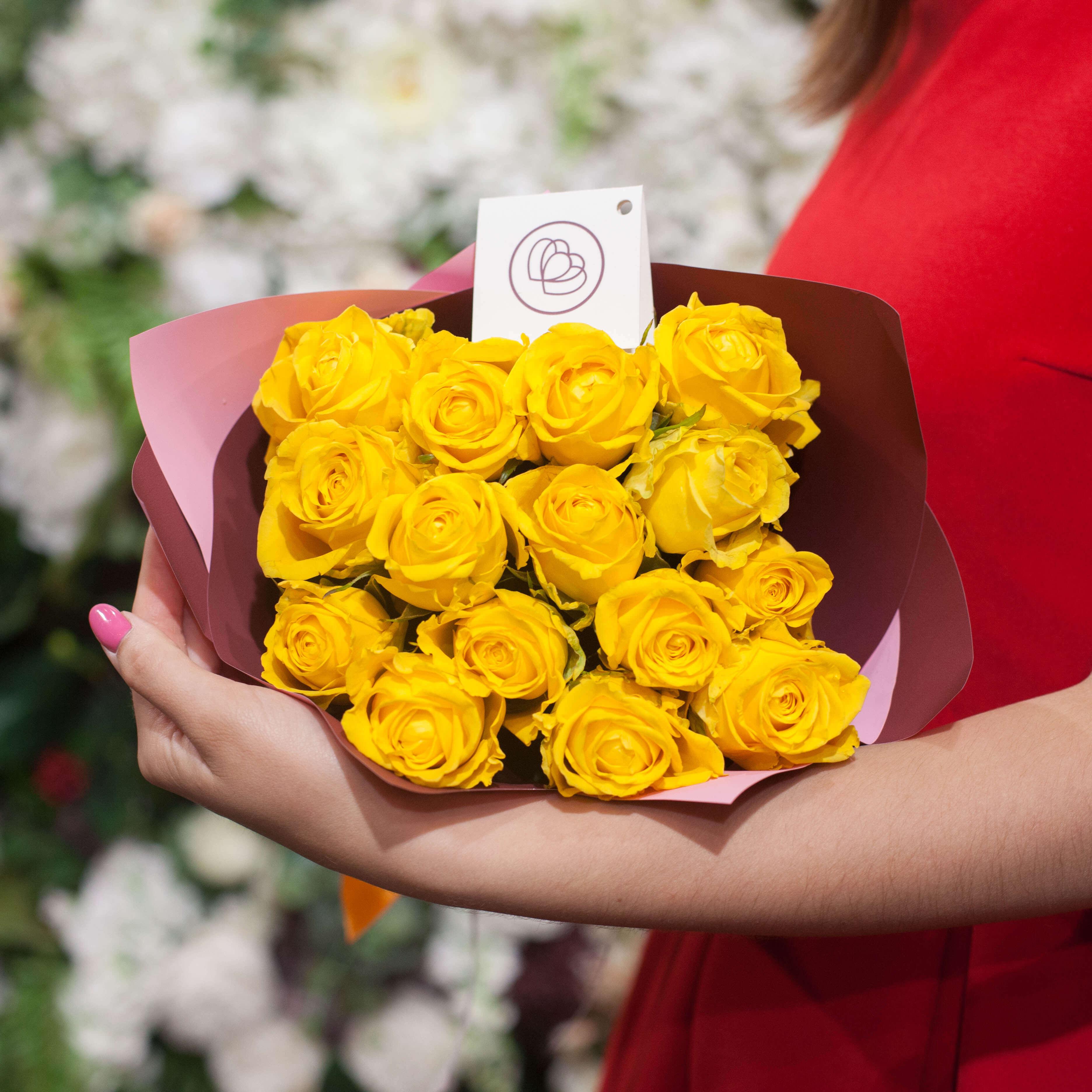 15 желтых роз 40 см Premium фото