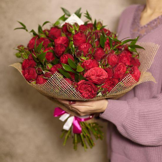 Подарочный лизиантуса, какого цвета цветы дарить маме