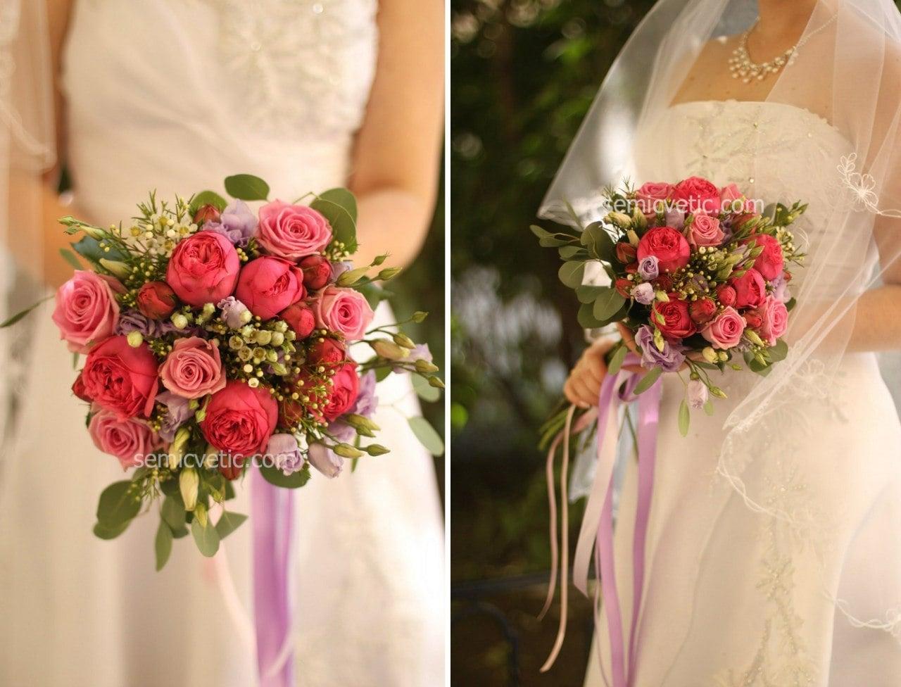 Свадебный букет из пионовидной розы, лизиантуса и брунии фото