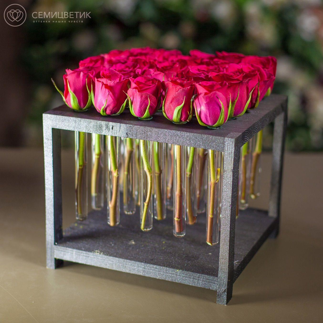 25 розовых кенийских роз в пробирках фото