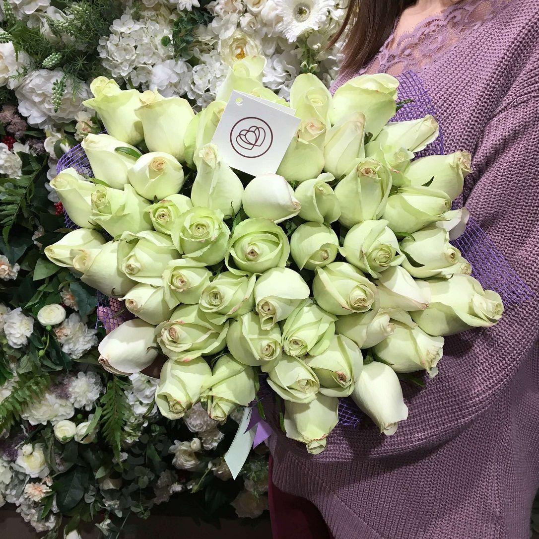 51 фисташковая роза 40 см Premium фото