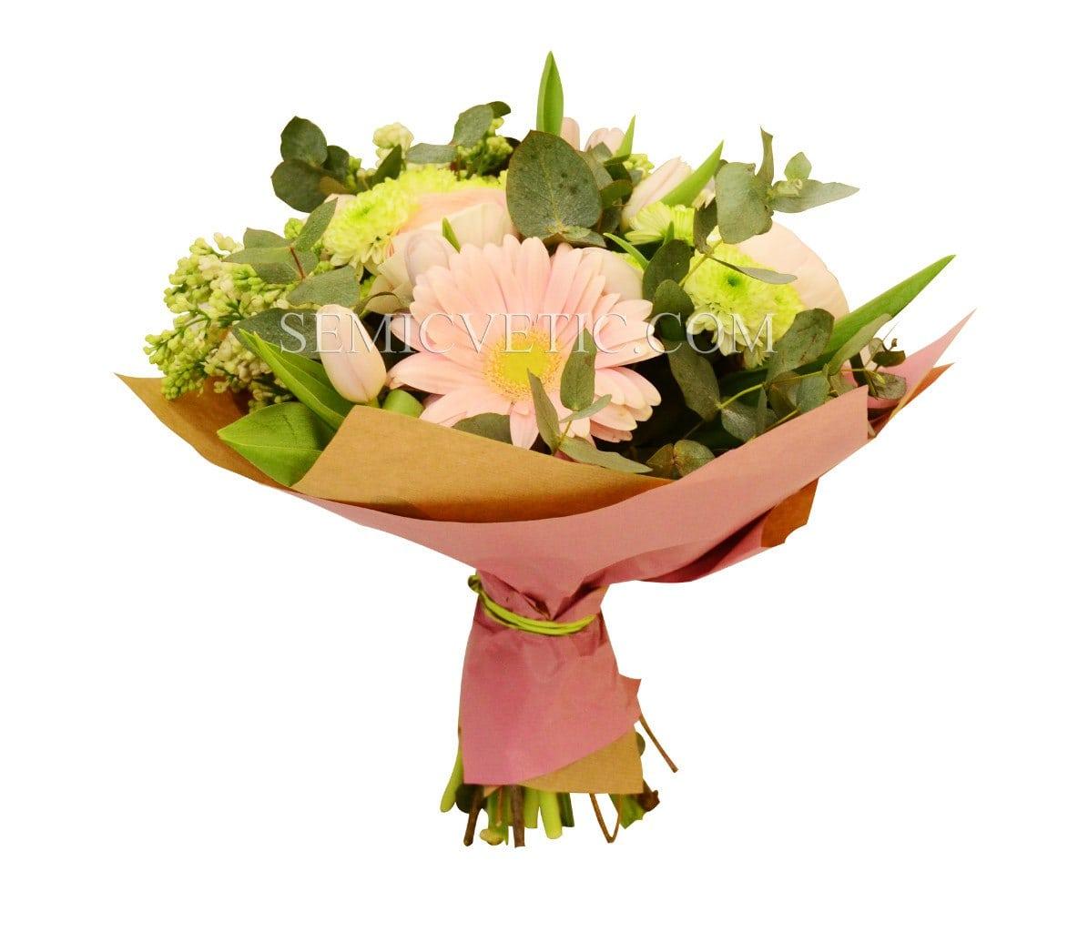 Букет из гербер, ранункулюсов, хризантемы кустовой, сирени и тюльпанов фото