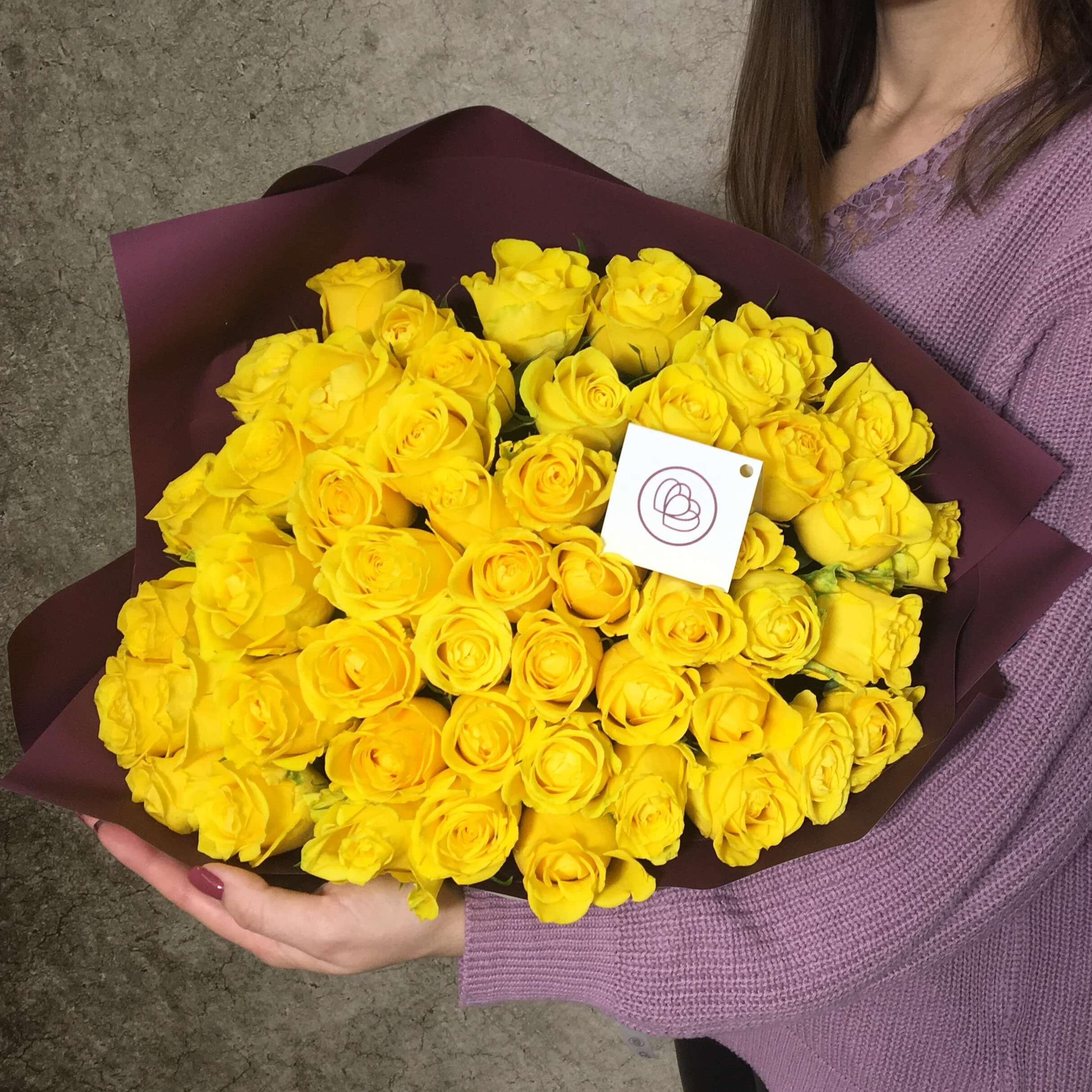 51 жёлтая роза 40 см Premium фото