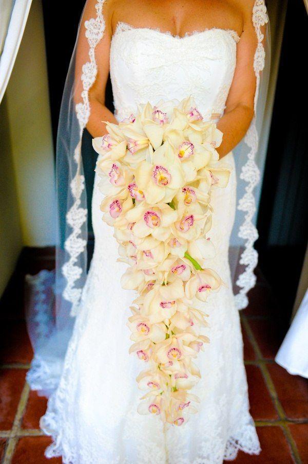 Свадебный букет из орхидей цимбидиума фото